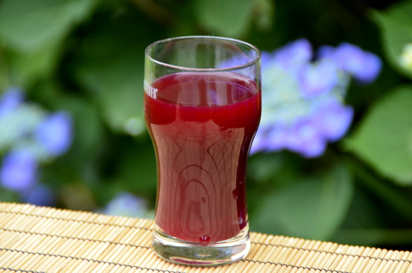 Rote Bete Limonade mit Apfel